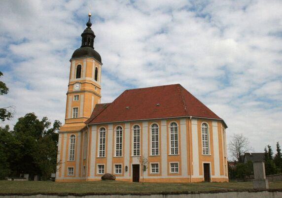Unsere Kirche in Oßling